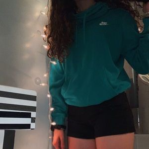 nike scoopneck sweatshirt